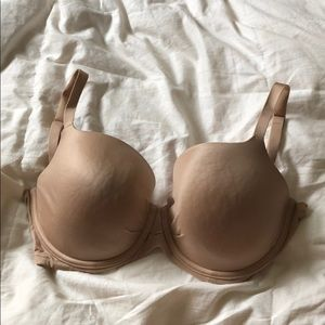 Gently worn Victoria's Secret Lined Demi Bra 34DDD